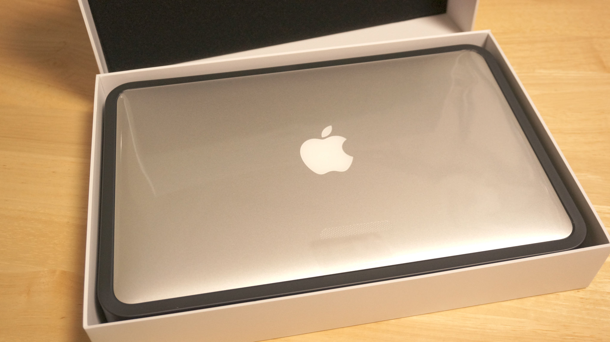 MacBookAir-11-inch-2014-early